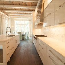 Modern Kitchen by Rolen + Studio