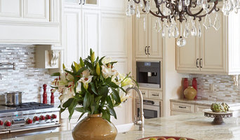 Maitland, Classic Two-Toned Kitchen