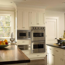 Traditional Kitchen by Majestic Kitchens and Bath