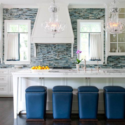 Klassische Küchen mit Rückwand aus Stäbchenfliesen Ideen, Design ...