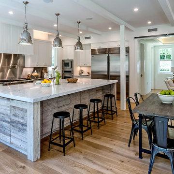 Malibu Farm House - Kitchen and Breakfast Room