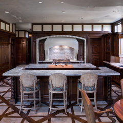 traditional kitchen by Cravotta Studios -Interior Design