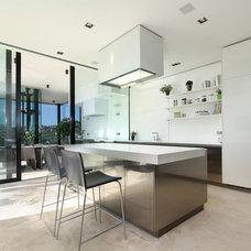 Contemporary Kitchen by Curve Interior Design Ltd