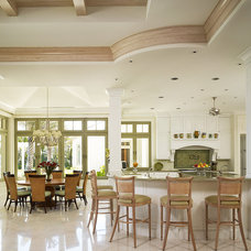 Tropical Kitchen by Cudmore Builders