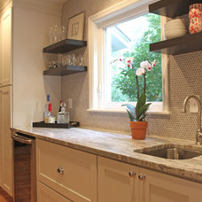 Traditional Kitchen by Sceltas Build + Consult