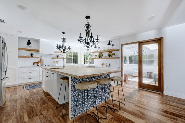 Beach Style Kitchen by Twist Tours Photography