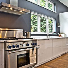 modern kitchen by mango design co