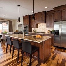 Contemporary Kitchen by Albi Homes