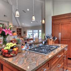 Craftsman Kitchen by LuAnn Development, Inc.