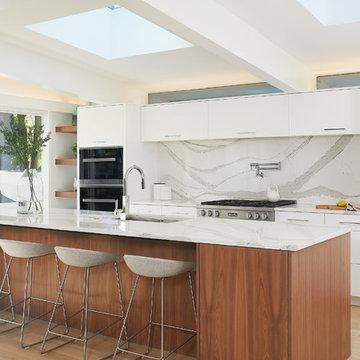 Manhattan Lane: Kitchen