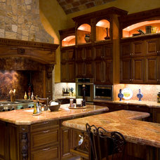 Mediterranean Kitchen by James Glover Residential & Interior Design
