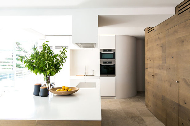 Contemporary Kitchen by C+M Studio