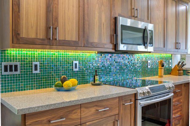 Transitional Kitchen by H-1 Construction, LLC