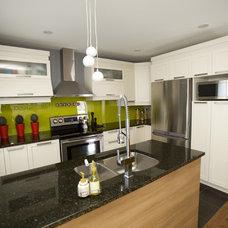 Contemporary Kitchen by N Design Interieur
