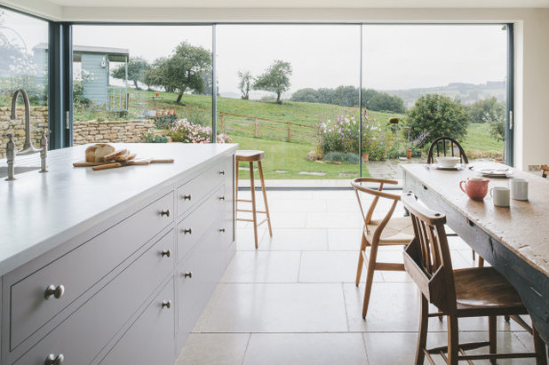 Country Kitchen by Sustainable Kitchens