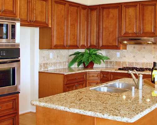 Giallo Ornamental Backsplash Houzz