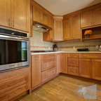 Cranberry stain on maple Kitchen Cabinets - Traditional - Kitchen - Miami - by Statewide ...