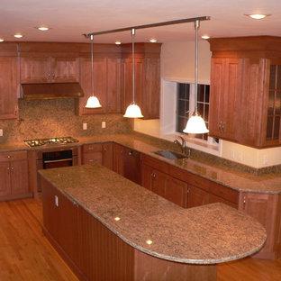 Maple Kitchen Cabinets | Houzz