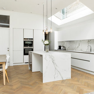 Marble used as the highlight of the kitchen
