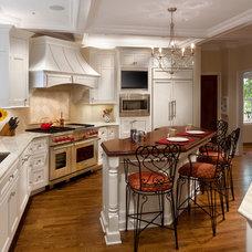 Traditional Kitchen by Harmoni Designs, LLC