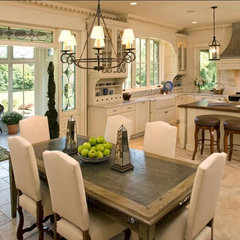 traditional kitchen by Avondale Custom Homes