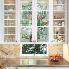 Traditional Kitchen by Rochelle Silberman