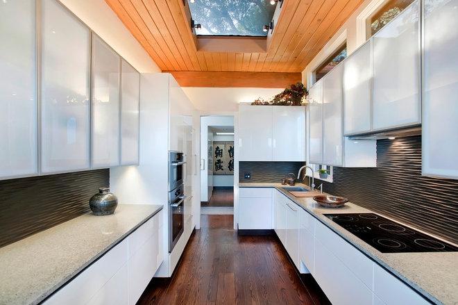 Asian Kitchen by Prescott Design Studio, LLC