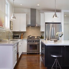 Traditional Kitchen by McElroy Architecture, AIA