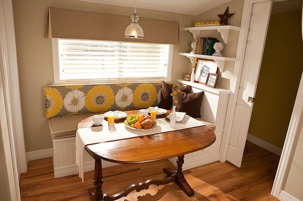 Traditional Kitchen by Ashleigh Weatherill Interior Design
