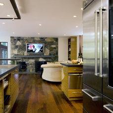 Modern Kitchen by Fivecat Studio | Architecture