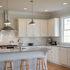traditional kitchen by The Stratford Companies