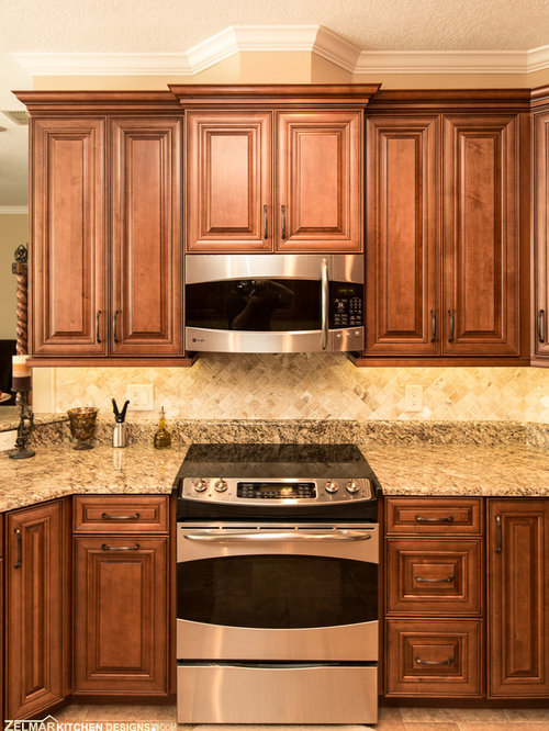 Waypoint cabinets home design ideas pictures remodel and for Zelmar kitchen designs