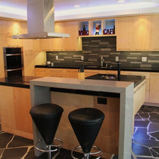 Contemporary Kitchen by Ohana Design Inc