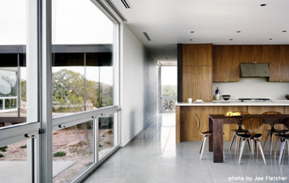 Modern Kitchen by Marmol Radziner