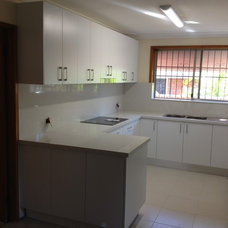 Modern Kitchen by optimal kitchens and joinery