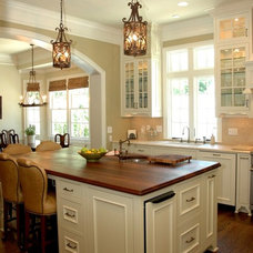 Traditional Kitchen by Phoenix Renovations