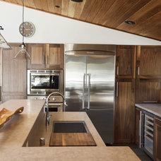 Rustic Kitchen by sagemodern