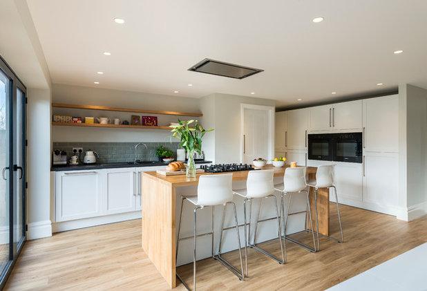 conseils de pro un lot de cuisine pour transformer une pi ce ouverte. Black Bedroom Furniture Sets. Home Design Ideas