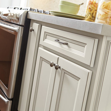 MasterBrand HomeCrest® Cabinetry