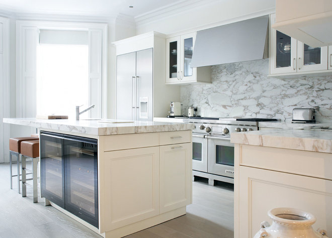 Contemporary Kitchen by Alex Maguire Photography