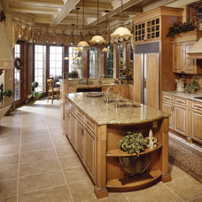 Traditional Kitchen by Interior Design Concepts, Inc.