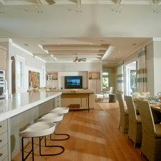 Tropical Kitchen by Heffel Balagno Design Consultants