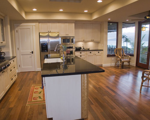 Two panel door home design ideas pictures remodel and decor for Kitchen design hawaii