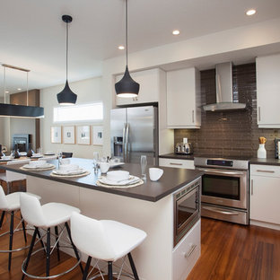 Brown Modern Kitchen Photos Houzz