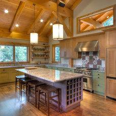 Contemporary Kitchen by Thomas Custom Homes