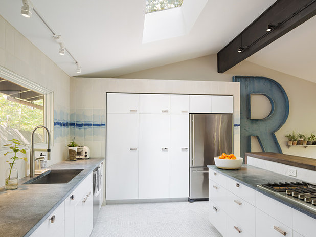 lights for the kitchen houzz tour a light and airy family home surrounded by trees 7074