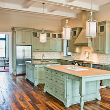Traditional Kitchen by The Gaines Group, PLC