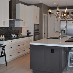 modern kitchen by McGonigal Signature Homes