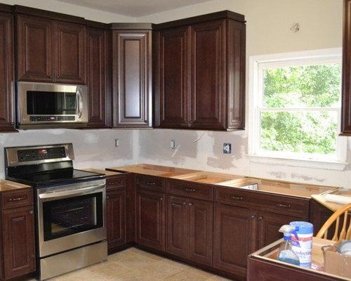 Shenandoah Kitchen Door On Cherry Shaker Rta Cabinets, ...