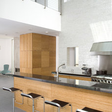 Modern Kitchen by Michael Lee Architects